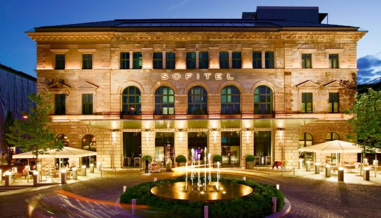 Luxustrip nach München: 2 Tage im 5* Sofitel Munich inkl. Frühstück und Spa ab 120€ p.P.
