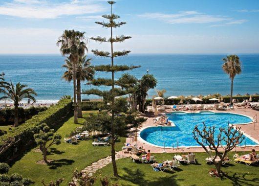 1 Woche Costa del Sol im Dezember: 4* Hotel inkl. Halbpension, Flug, Rail&Fly u. Transfer ab 391€ (Mit Gutscheincode)