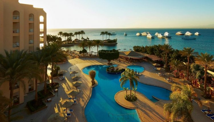 1 Woche Hurghada Ende Januar: 5* Resort inkl. Halbpension, Flug, Rail&Fly und Transfer ab 392€