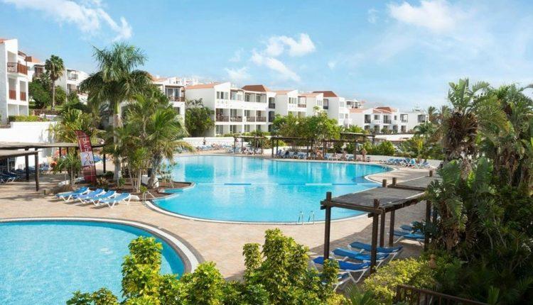 1 Woche Fuerteventura im Dezember: 4* Hotel inkl. Halbpension, Flug, Rail&Fly und Transfer ab 438€