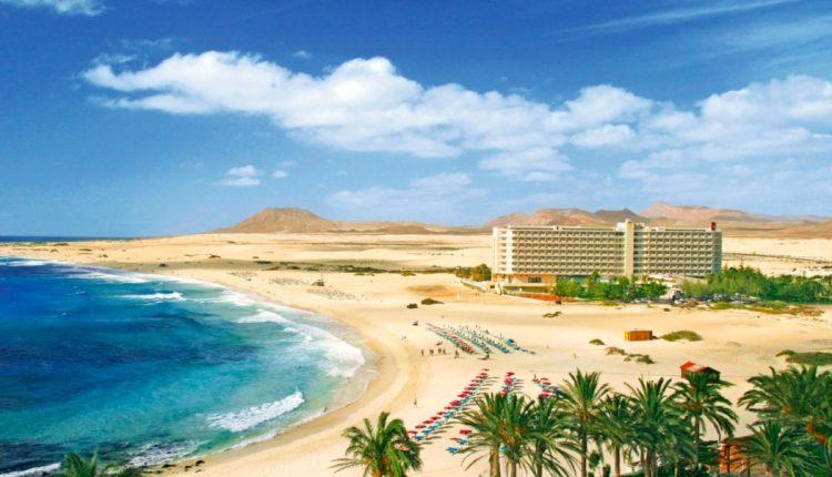 1 Woche Fuerteventura im 4* Hotel mit All In, Flug, Rail&Fly und Transfer ab 390€