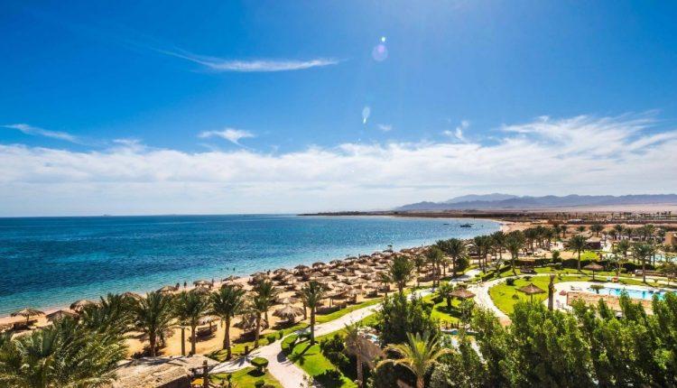 Frühbucher: 1 Woche Woche Soma Bay im 5* Resort mit All In, Flug, Rail&Fly und Transfer ab 334€