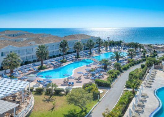 1 Woche Korfu 4* Hotel mit All Inclusive, Flug, Rail&Fly und Transfer ab 381€