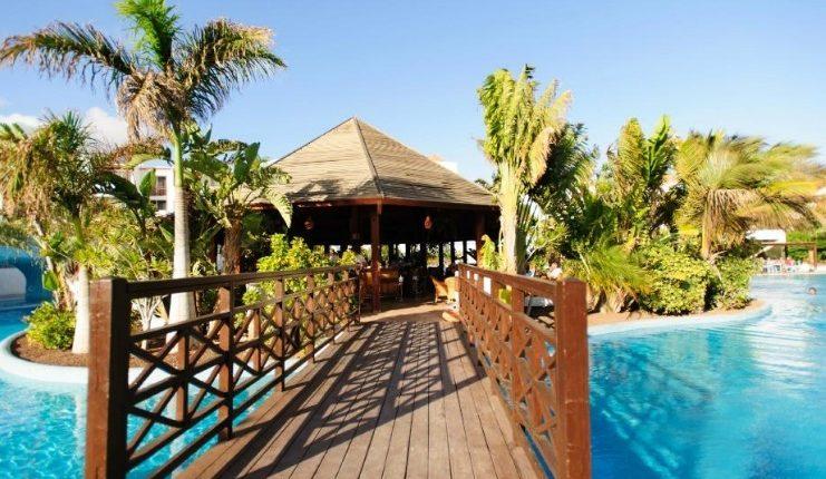 Eine Woche Fuerteventura im 4* Hotel inkl. HP, Flug, Rail&Fly und Transfer ab 344€