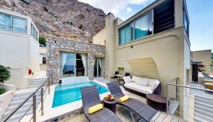 1 Woche Santorini im Mai: 4* Hotel inkl. Frühstück, Flug, Rail&Fly und Transfer ab 477€