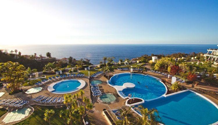2 Wochen Teneriffa im 4* Hotel in Santa Ursula inkl. HP, Flug, Rail&Fly u. Transfer ab 656€