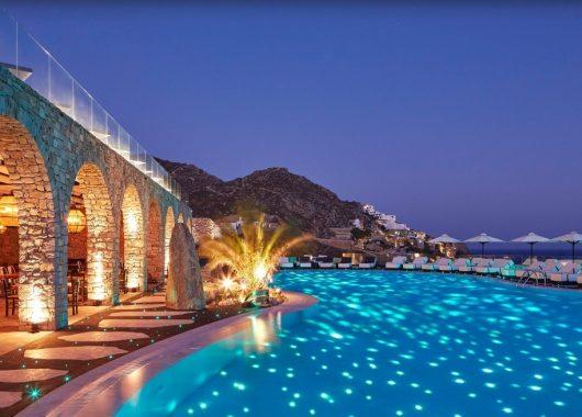 1 Woche Mykonos im Mai: 5* Resort inkl. Frühstück, Flug, Rail&Fly und Transfer ab 528€