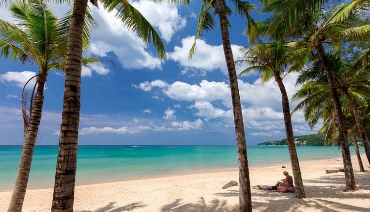 2 Wochen Phuket im 4* Beach Resort inkl. HP, Flug, Rail&Fly und Transfer ab 982€
