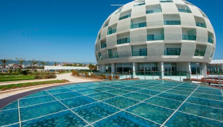 Eine Woche Türkische Riviera im 5* Hotel mit All In, Flug, Rail&Fly und Transfer ab 396€