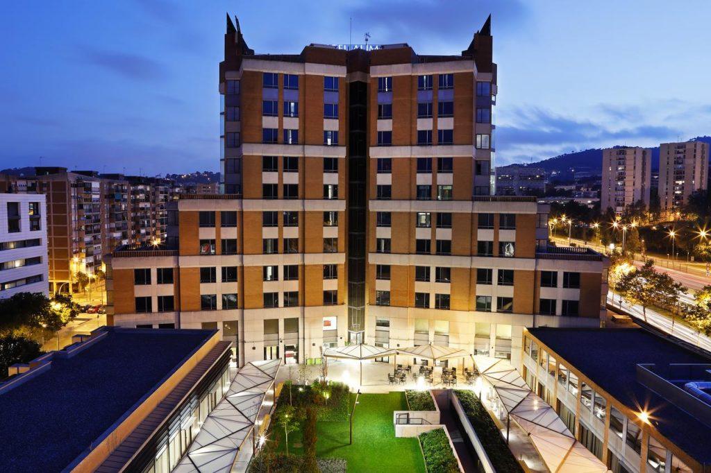 barcelona 3 tage im 4 hotel inkl flug ab 151 pro. Black Bedroom Furniture Sets. Home Design Ideas