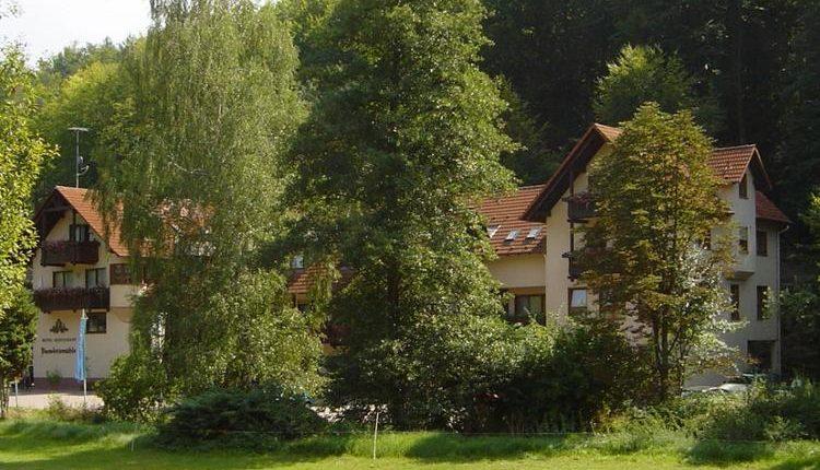 3 oder 5 Tage Erholung im Spessart im 3* Hotel inkl. Frühstück, Schlemmermenü und Rotwein ab 64,99€ pro Person