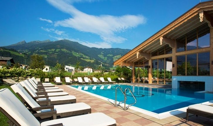 Lastminute-Wellness im Zillertal: 3 – 8 Tage im 4*S Hotel inkl. Vollpension und Spa ab 169€