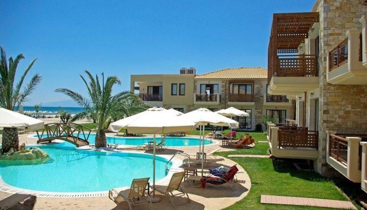 1 Woche Olympische Riviera im Mai: 4,5* Hotel inkl. Halbpension, Flug und Transfer ab 429€