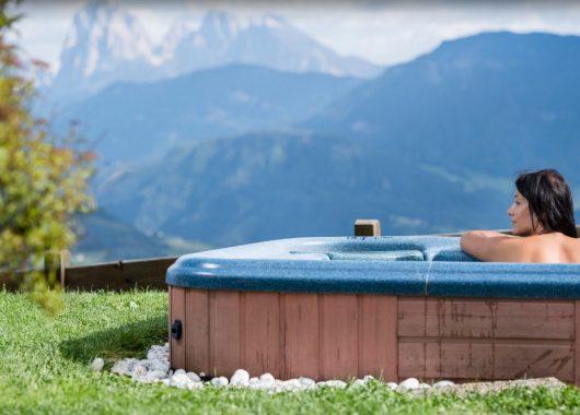 3 – 8 Tage Südtirol im 3,5* Hotel inkl. Halbpension & Spa mit Dolomitenblick ab 139€