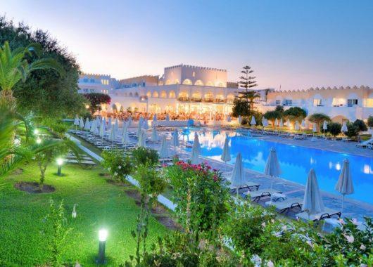 1 Woche Kos im 4* Hotel inkl. Halbpension, Flug, Rail&Fly und Transfer ab 471€