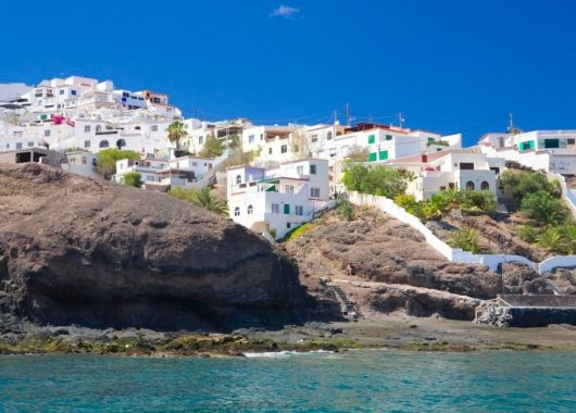 1 Woche Fuerteventura im 4* Sport-Apartment inkl. HP, Flug, Rail&Fly u. Transfer ab 449€