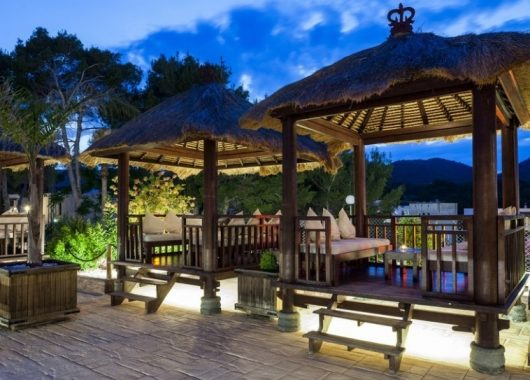 Eine Woche Ibiza im 3,5* Strandresort inkl. HP, Flug und Transfer ab 376€