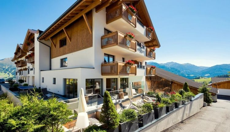 Wellness in Tirol: 3 – 8 Tage im 4* Hotel inkl. Verwöhnpension, Spa und Sommer Card ab 169€