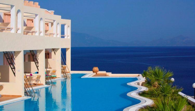 Last Minute: Eine Woche Kos im 4* Hotel mit All In, Flug und Transfer ab 343€