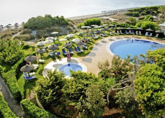 1 Woche Mallorca im Oktober: 4* Apartment, Flug, Rail&Fly u. Transfer ab 359€ (Mit TUI-Gutschein)