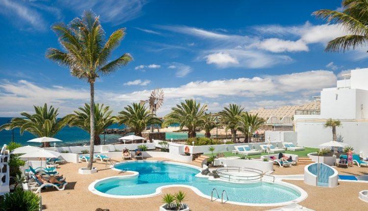 Eine Woche Lanzarote im 4* Apartment inkl. Frühstück, Flug, Rail&Fly und Transfer ab 375€