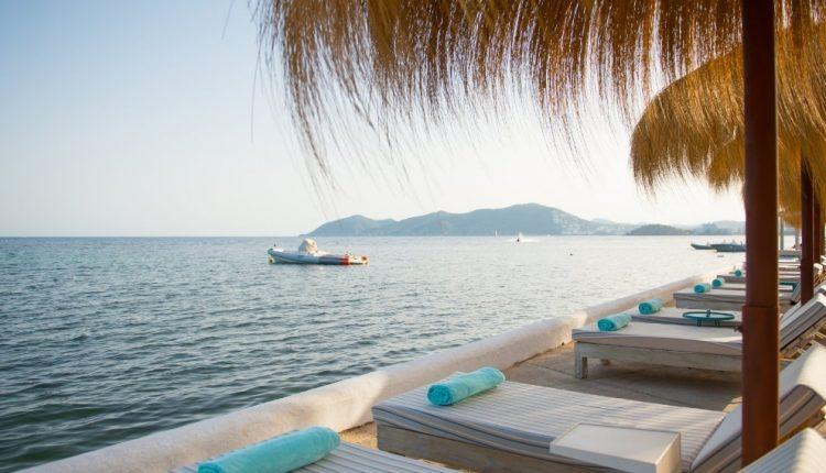 Eine Woche Ibiza im 4* Hotel inkl. Halbpension, Flug & Transfer ab 474€