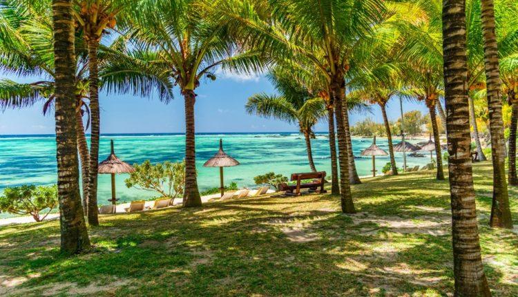 1 Woche Mauritius im 3 Beach Hotel inkl. Vollpension, Flug, Rail&Fly u. Transfer ab 926€