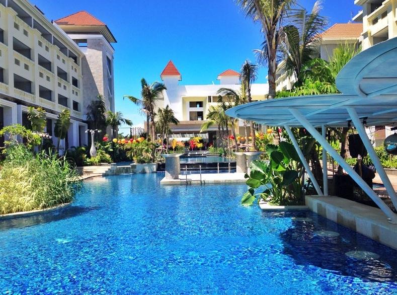 11 Tage Bali Im 4 Zimmer Mit Jacuzzi Auf Dem Balkon Fruhstuck