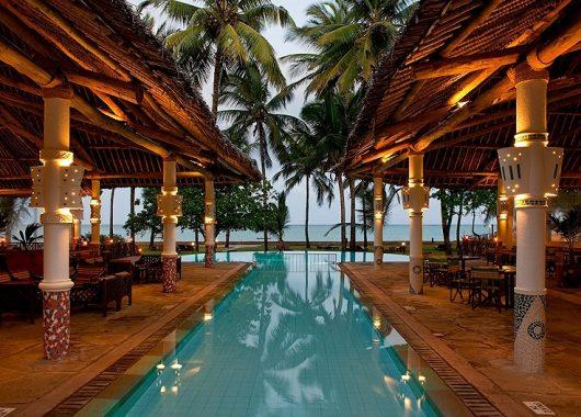 1 Woche Kenia im 4* Hotel mit All In, Flug, Rail&Fly und Transfer ab 831€