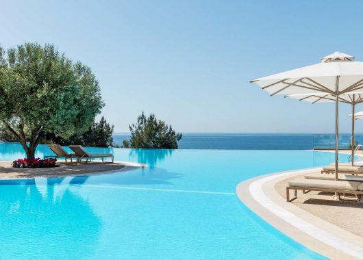Traumhaftes 5* Hotel auf Chalkidiki: 1 Woche mit All In, Flug, Rail&Fly und Transfer ab 572€