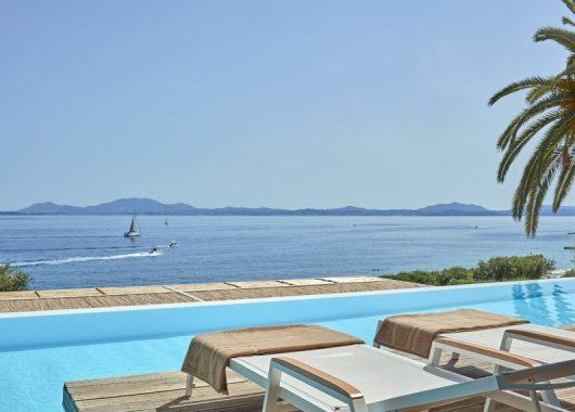 Eine Woche Korfu im 4* Beach Hotel mit All In, Flug, Rail&Fly und Transfer ab 624€