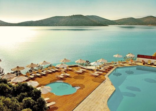 Herbstsonne: 1 Woche Kreta im 4,5* Hotel inkl. HP, Flug und Transfer ab 456€