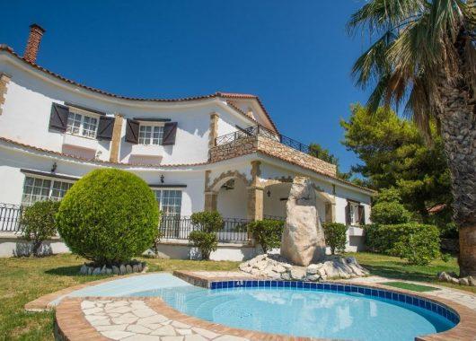 Eine Woche Zakynthos im 3* Apartment inkl. Frühstück, Flug, Rail&Fly und Transfer ab 375€