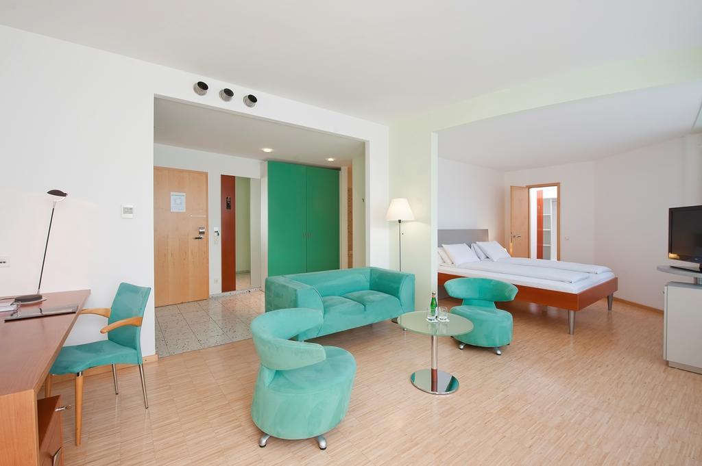 m nchen therme erding 3 bis 5 tage im 4 hotel mit. Black Bedroom Furniture Sets. Home Design Ideas