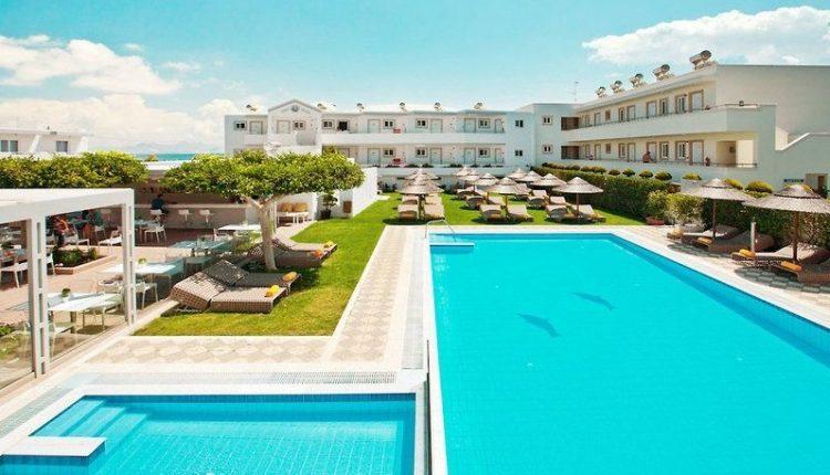 1 Woche Kos im 3,5* Hotel inkl. Halbpension, Flug, Rail&Fly und Transfer ab 482€