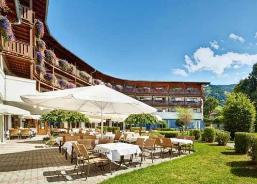 3 Tage Wellness in Kaprun: 4* Hotel inkl. Verwöhnpension und 1000 m² Spa ab 139€