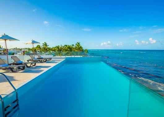 2 Wochen Dominikanische Republik im 3* Hotel mit All In, Flug, Zugticket u. Transfer ab 1093€