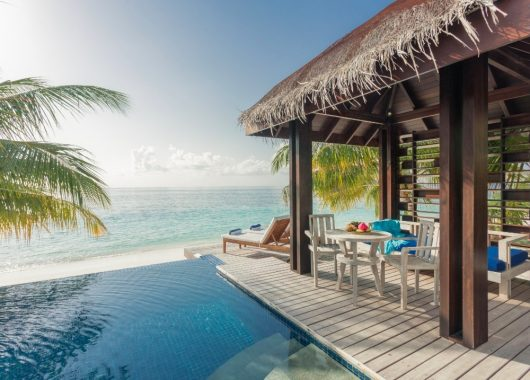 Malediven: 9 Tage im 4* Resort inkl. Vollpension, Flug und Transfer ab 1263€