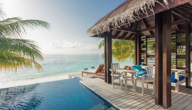 Malediven: 10 Tage im 4* Resort mit All In, Flug, Rail&Fly und Transfer ab 1637€