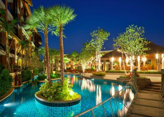 15 Tage Phuket im 4* Hotel inkl. Frühstück, Flug und Rail&Fly ab 783€
