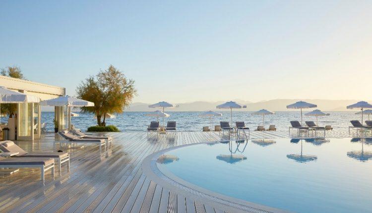 Eine Woche Korfu im spitzen 4* Hotel inkl. HP, Flug, Rail&Fly u. Transfer ab 393€