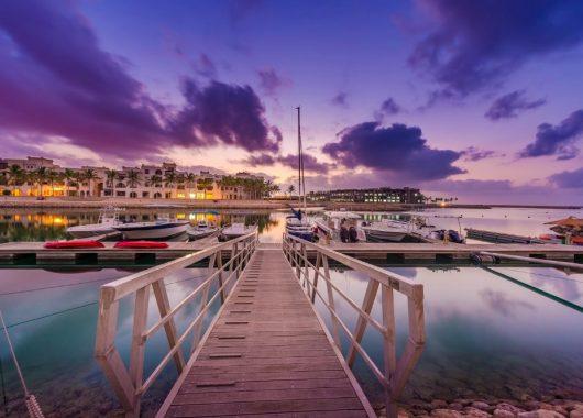 8 Tage Luxus im Oman: 5* Hotel mit Meerblick, All In, Flug und Transfer ab 997€