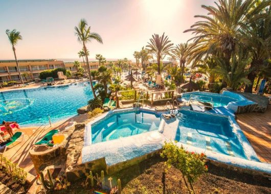 Frühbucher: Eine Woche Gran Canaria im 3* Hotel mit All In, Flug, Rail&Fly u. Transfer ab 389€