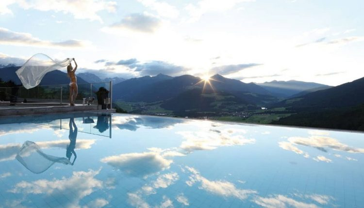 3 Tage Südtirol im Dezember: 5* Hotel inkl. Langschläferfrühstück, Dinner & Spa ab 330€