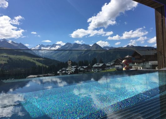 3 Tage Wellness im Salzburger Land: 4* Hotel inkl. Halbpension Plus, Kinderbetreuung & Spa ab 169€