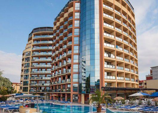 Eine Woche am Sonnenstrand im 4* Hotel inkl. HP, Flug, Rail&Fly und Transfer ab 258€