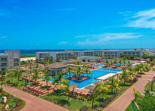 Lastminute: Eine Woche Kuba im 5* Hotel mit All In, Flug, Rail&Fly und Transfer ab 926€