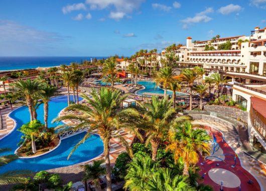 1 Woche Fuerteventura im top 4* Hotel mit All In, Flug, Rail&Fly und Transfers ab 489€