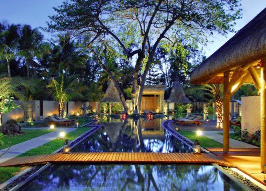 Frühbucher: Eine Woche Mauritius im 5* Resort mit All In, Flug und Transfer ab 1757€