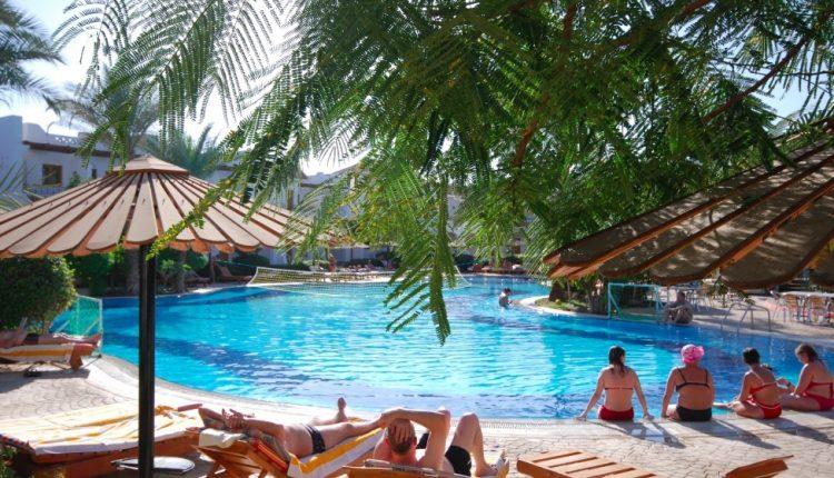 Lastminute: Eine Woche Sharm el Sheikh im 3,5* Resort inkl. HP, Flug & Transfer ab 120€